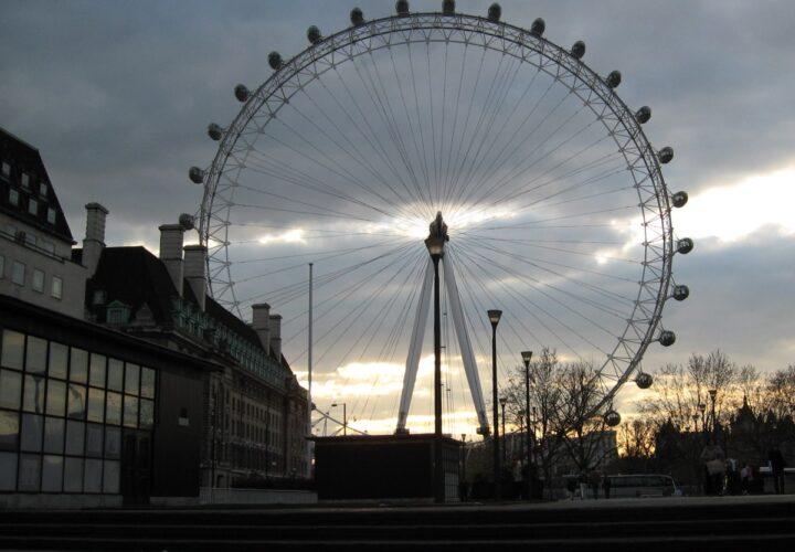 McLoughlin's nostalgic Ferris wheel photo